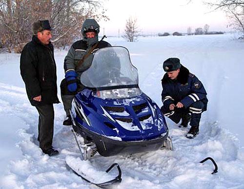 Особенности получения прав на снегоход