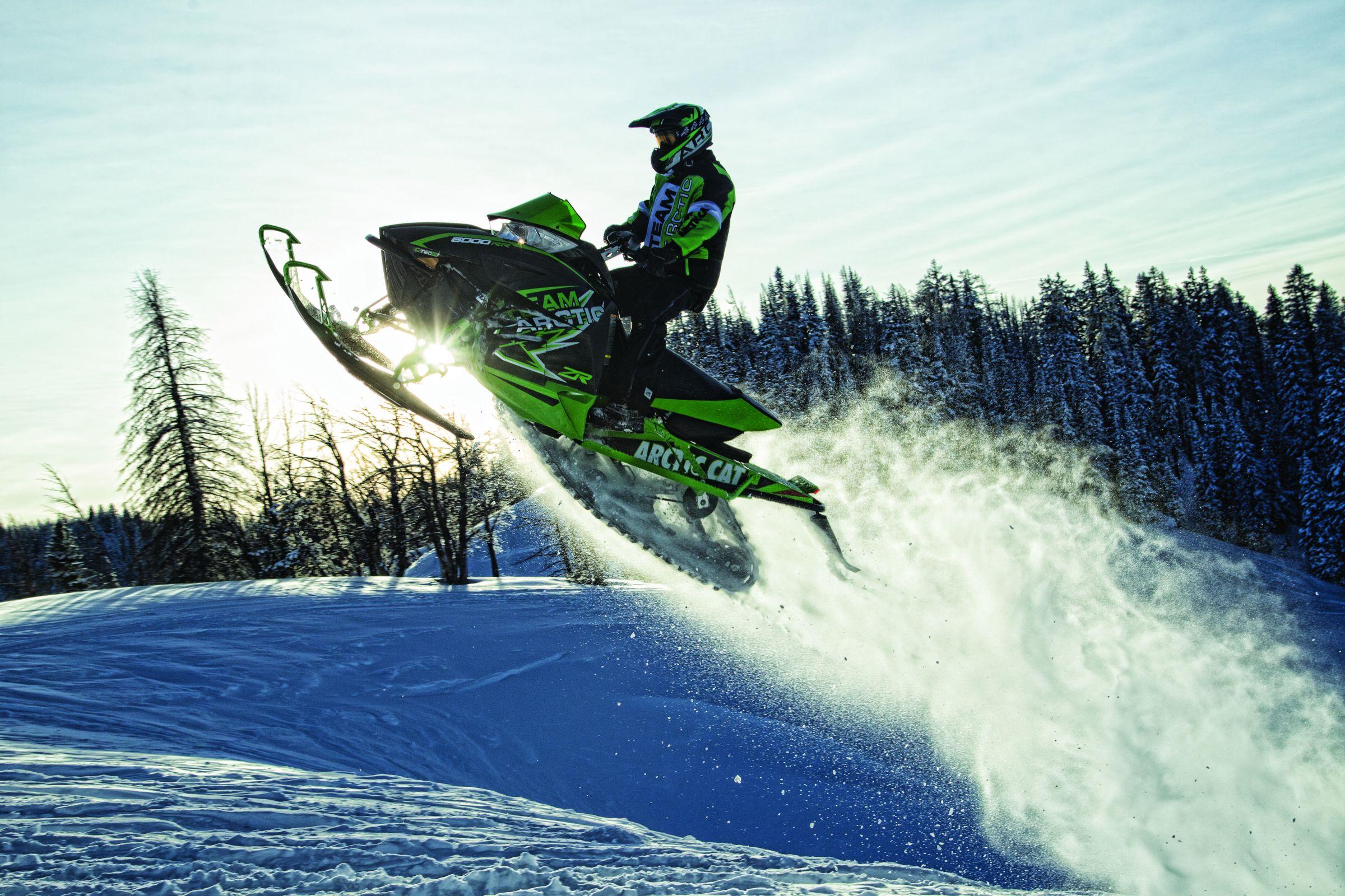 Лучший зарубежный снегоход