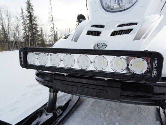 Дополнительный свет на снегоход – как выбрать светодиодную оптику