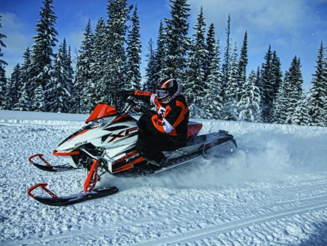Обзор Arctic Cat XF 7000 CrossTour 2014